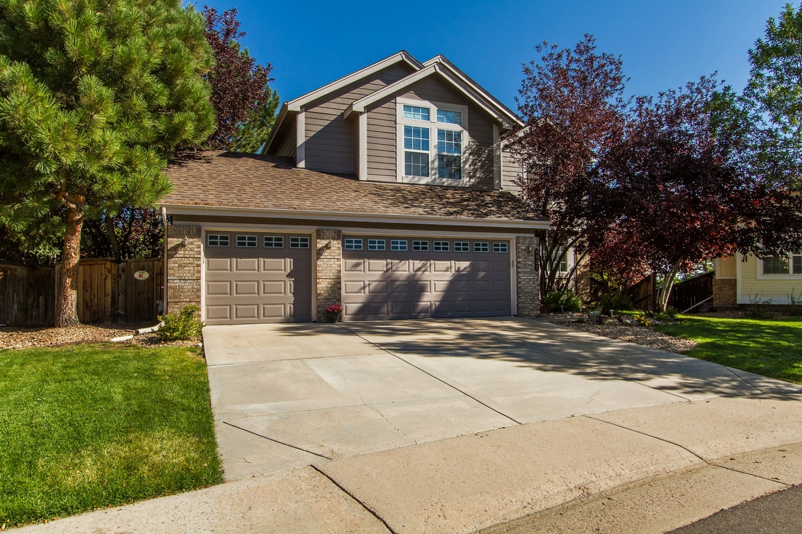 Just Listed in Lone Tree!