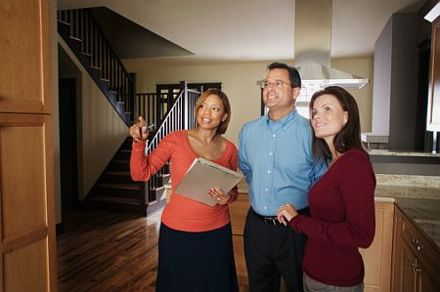 Don't Be Afraid of Making a Low Offer To a Home Seller
