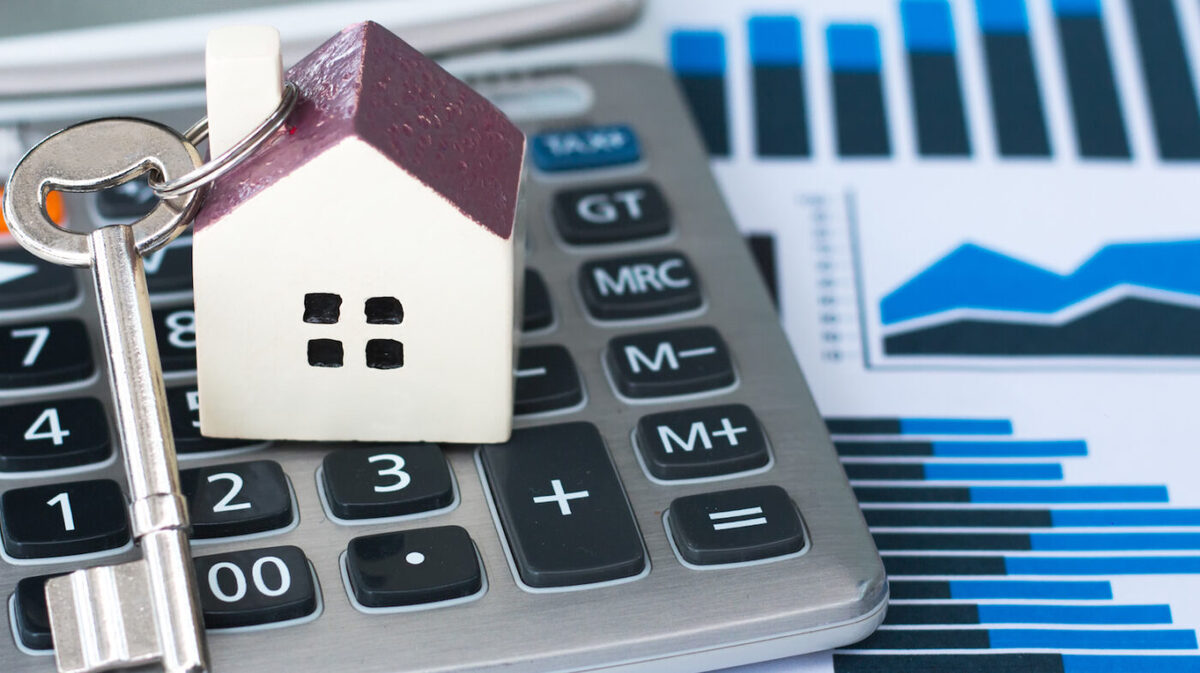 Housing market likely to experience downturn, according to Fannie, Freddie