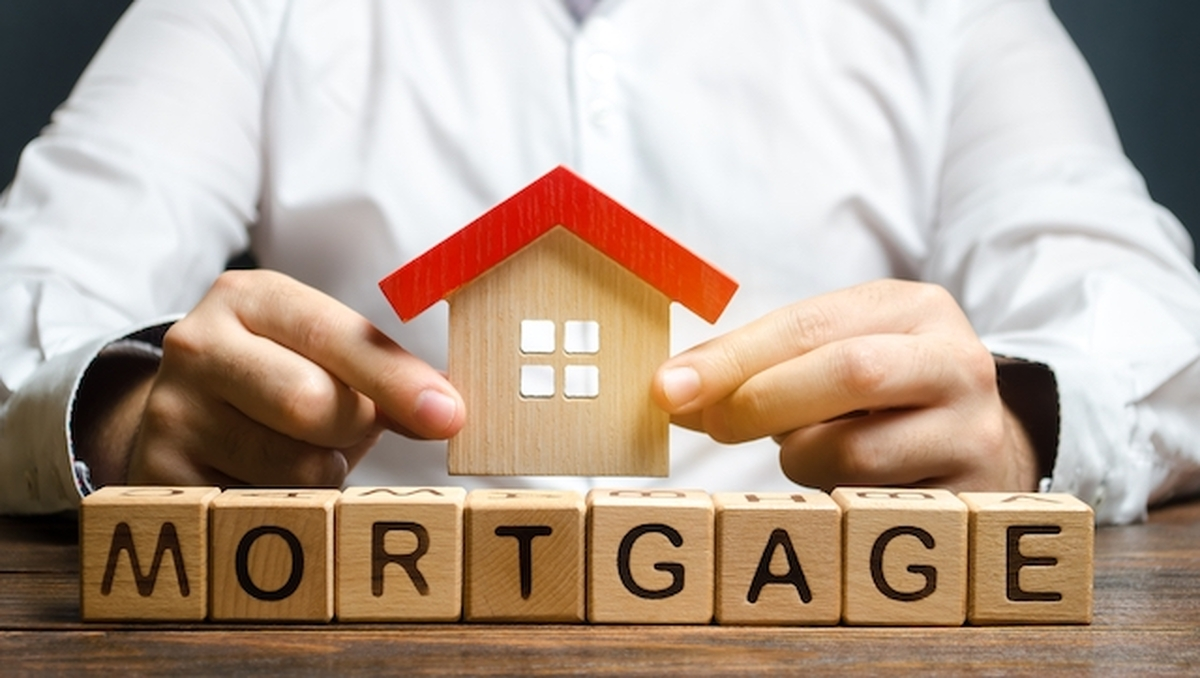 Mortgage rates stabilize at around 3%