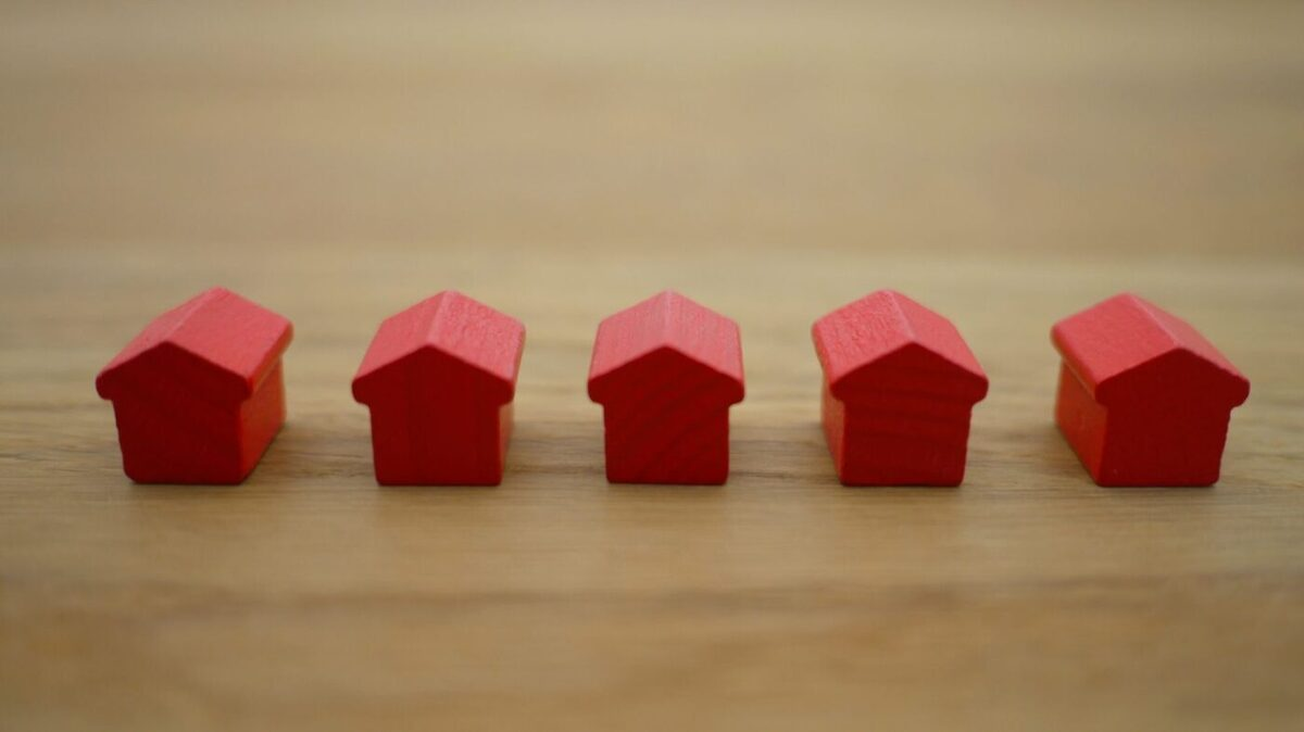 Decline in interest rates accelerates housing marketing