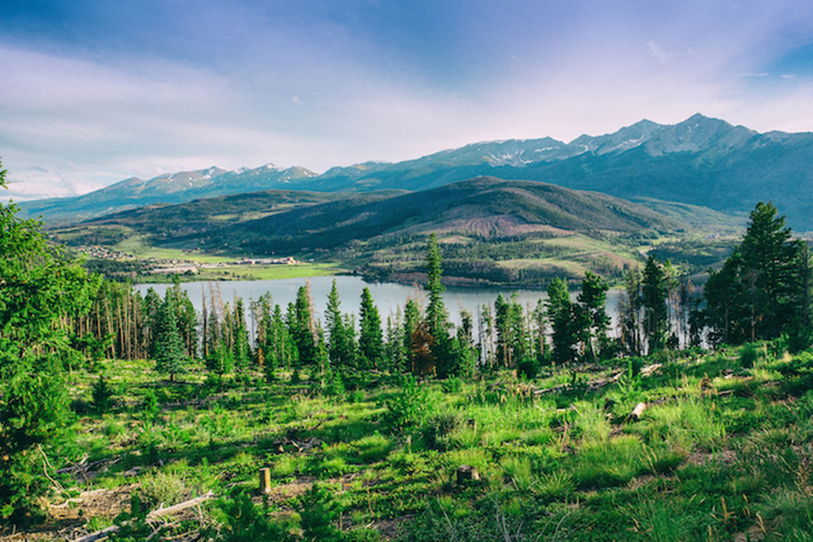 Discover amazing adventures throughout colorado's beautiful eastern plains